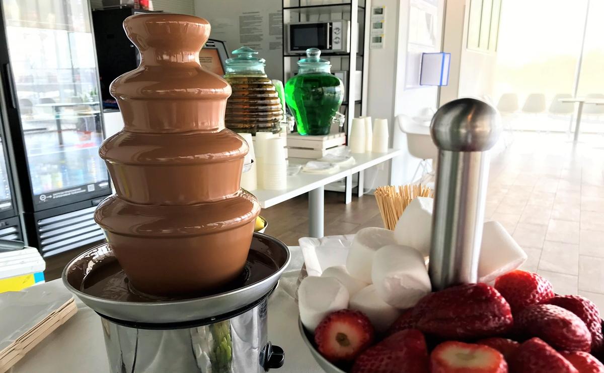 Шоколадный фонтан на мероприятие