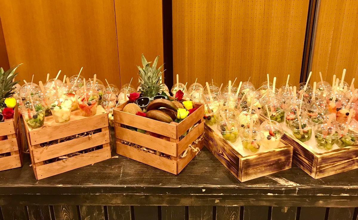 Станция с фруктами на мероприятие